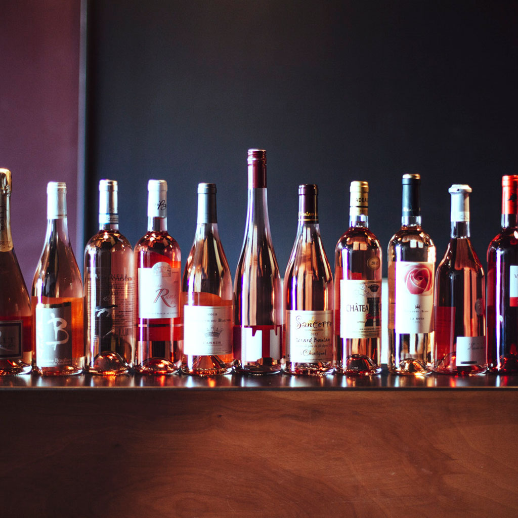 The Difference Between White Zinfandel and Rosé