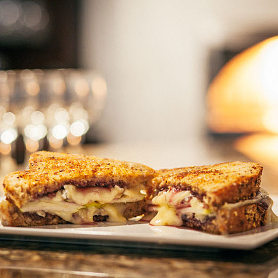 FWX SANDWICH STALKER GRILLED PB AND J