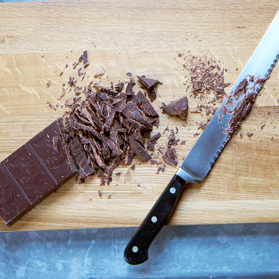 FWX SNIFFING CHOCOLATE_0_0