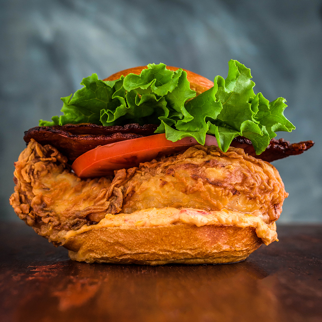 FWX STACKED PIMENTO CHICKEN SANDWICH