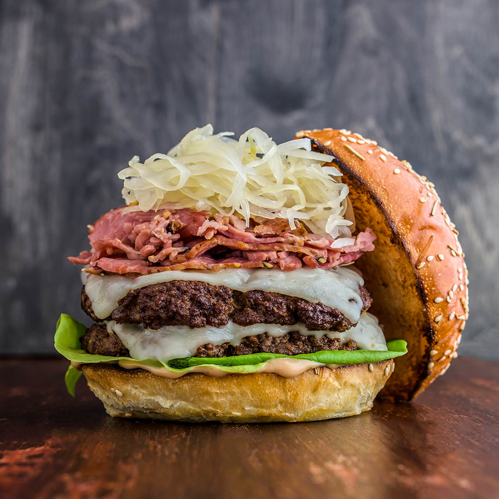 FWX STACKED SMOKED MEAT BURGER