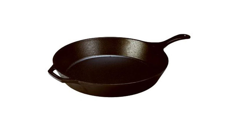 <p>Lodge Cast Iron Skillet</p>