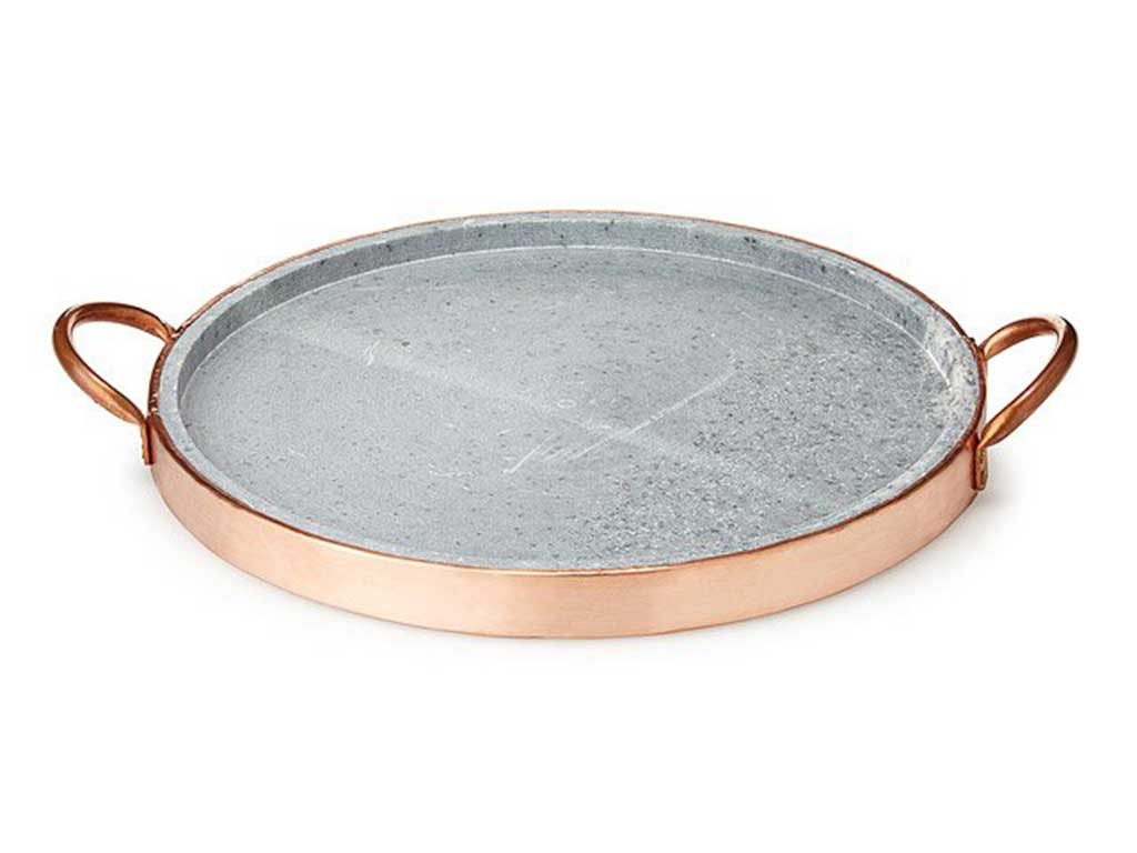 Soapstone-Pizza-Pan-with-Copper-Handle