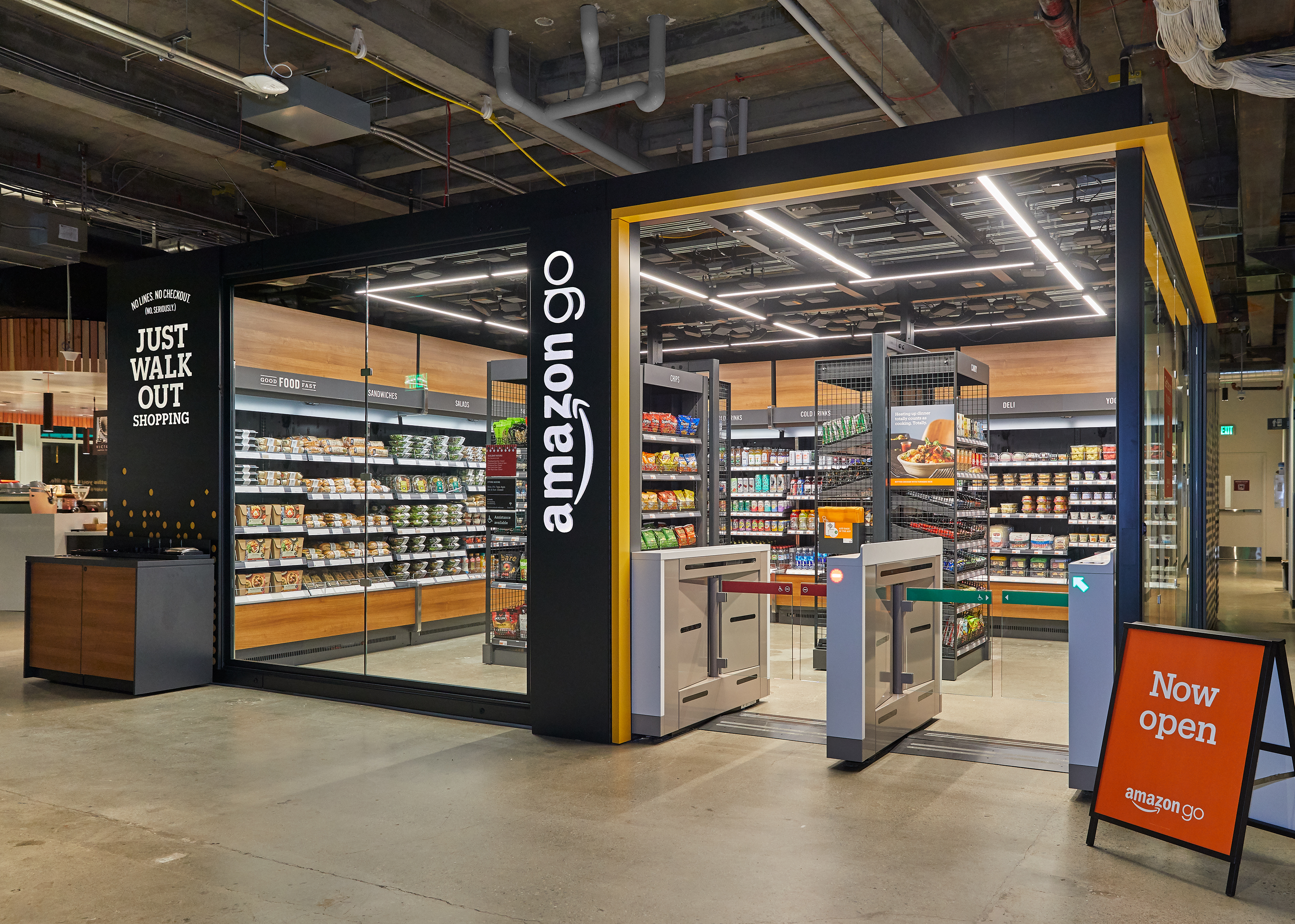 Amazon Debuts Mini Version of Cashier-less Go Store in Seattle
