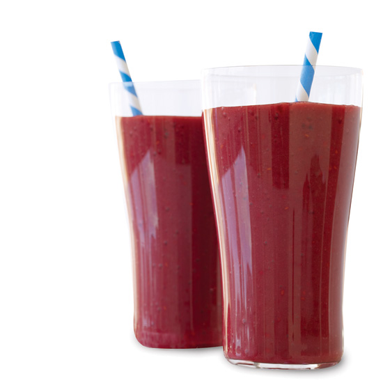 201103-HD-acai-smoothie-201103-r-acai-smoothie.jpg