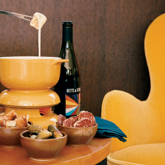 HD-200801-cheese-fondue.jpg