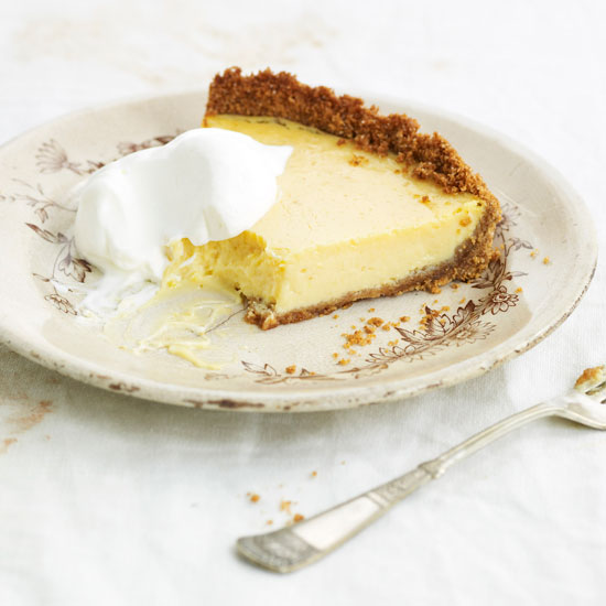 HD-200910-r-lemonbox-pie.jpg