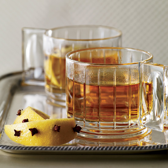 7 Whiskey Drinks That Could Help Cure Your Cold