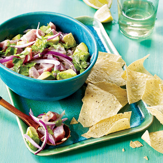 Healthy mexican food wine tuna ceviche with avocado and cilantro forumfinder Images