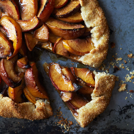 HD-201204-r-peach-crostata.jpg