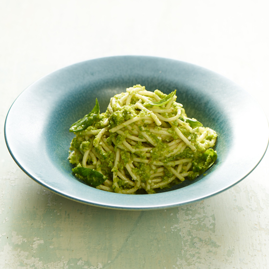 HD-201304-r-fresh-asparagus-pesto.jpg