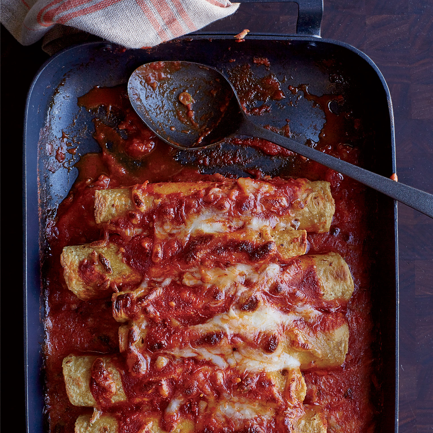 Cheese Enchiladas With Red Chile Sauce Recipe Aar 243 N Sanchez Food Amp Wine