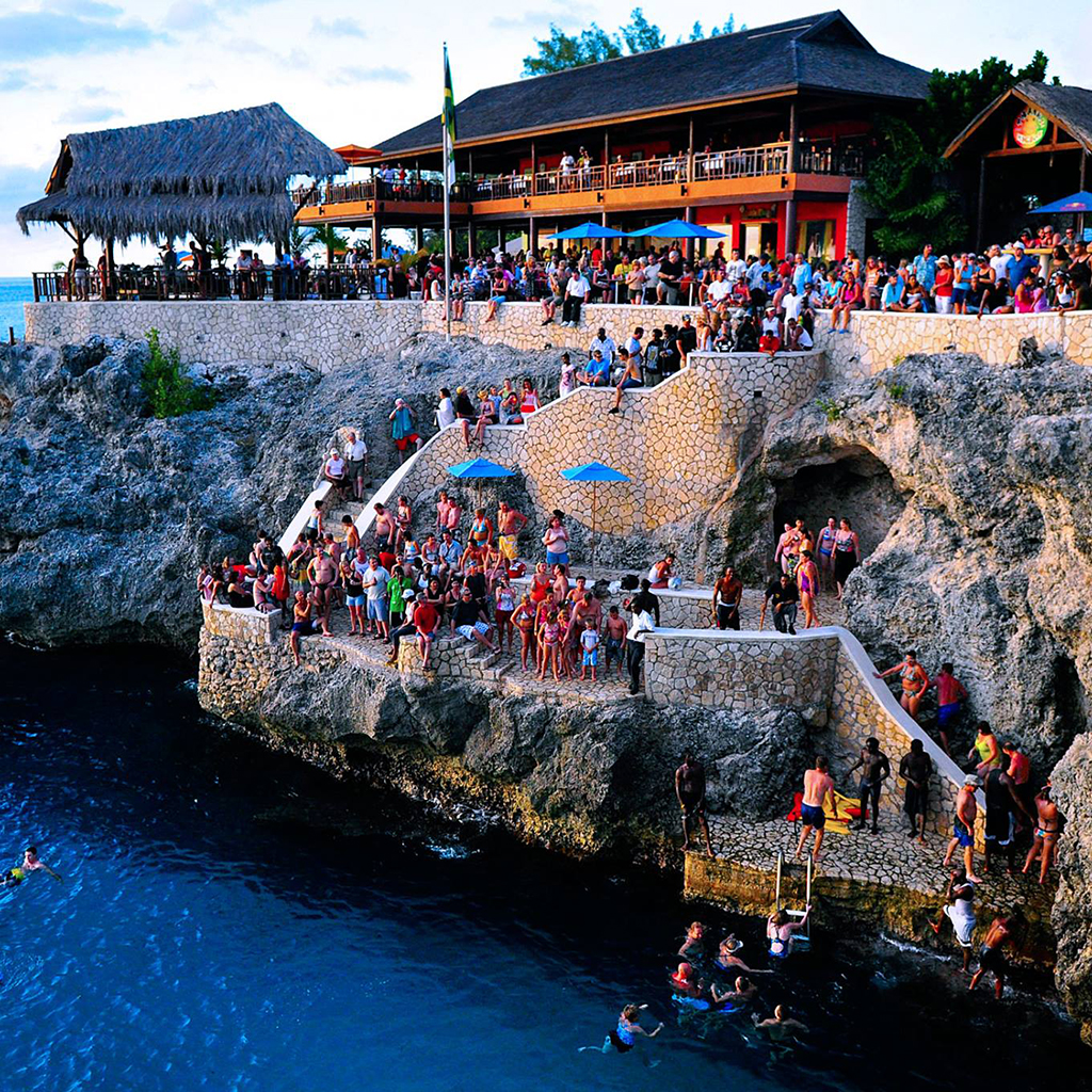Jamaican Bar Doubles As A Hot Spot For Thrill-Seekers
