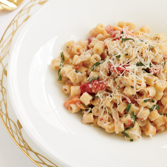 Creamy Pasta with Tomato Confit and Fresh Goat Cheese