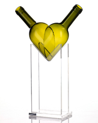 images-sys-200910-a-glass-heart-vase.jpg