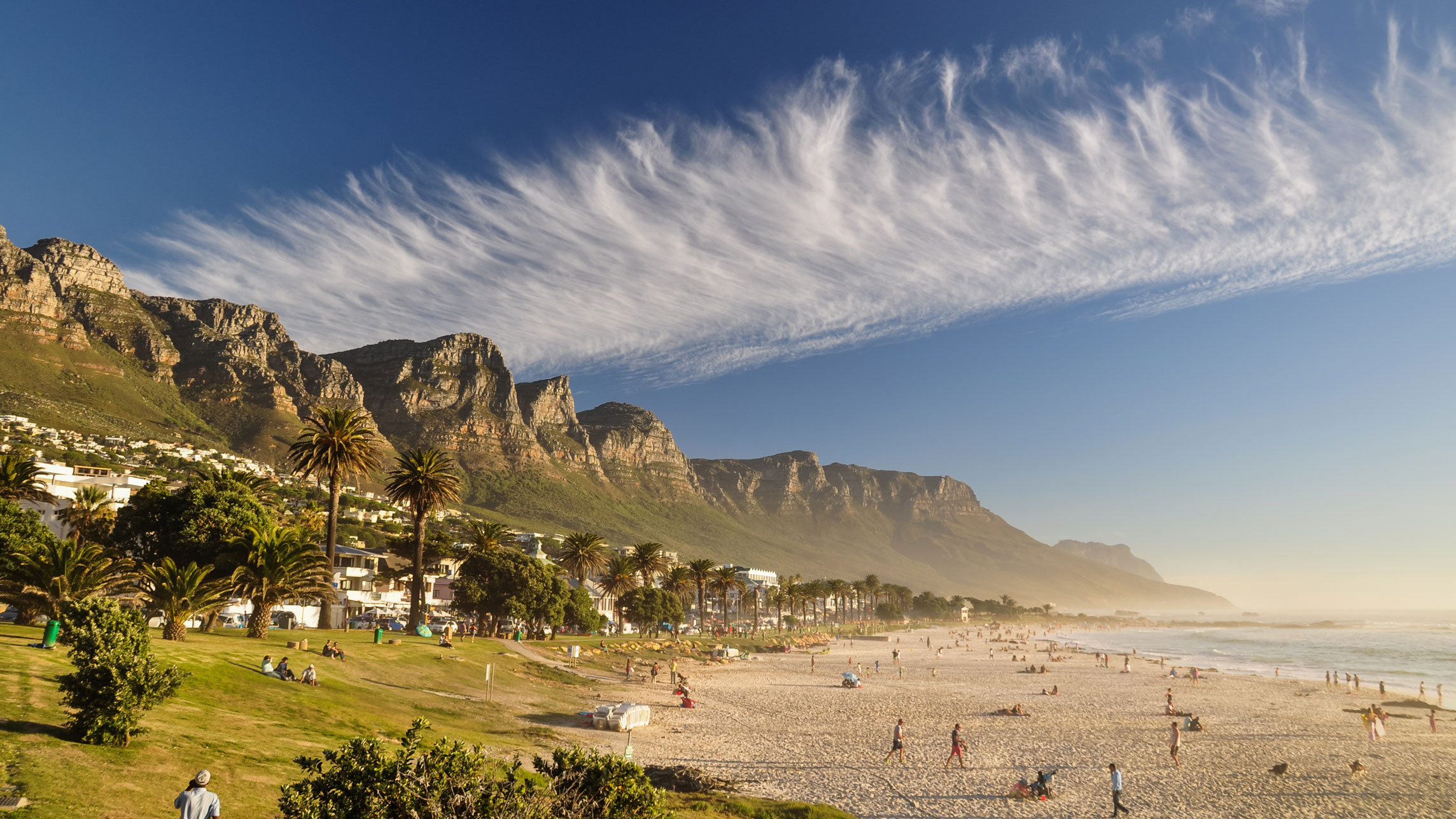 Where to Eat in Cape Town's Camps Bay Beach