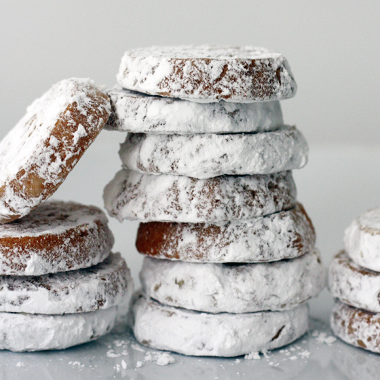5 Greek Cookies to Eat This Holiday Season