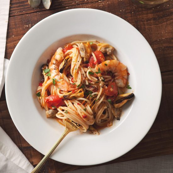Spaghetti with Mussels, Clams and Shrimp