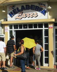 Caribbean Restaurants: Lares Ice Cream Parlor