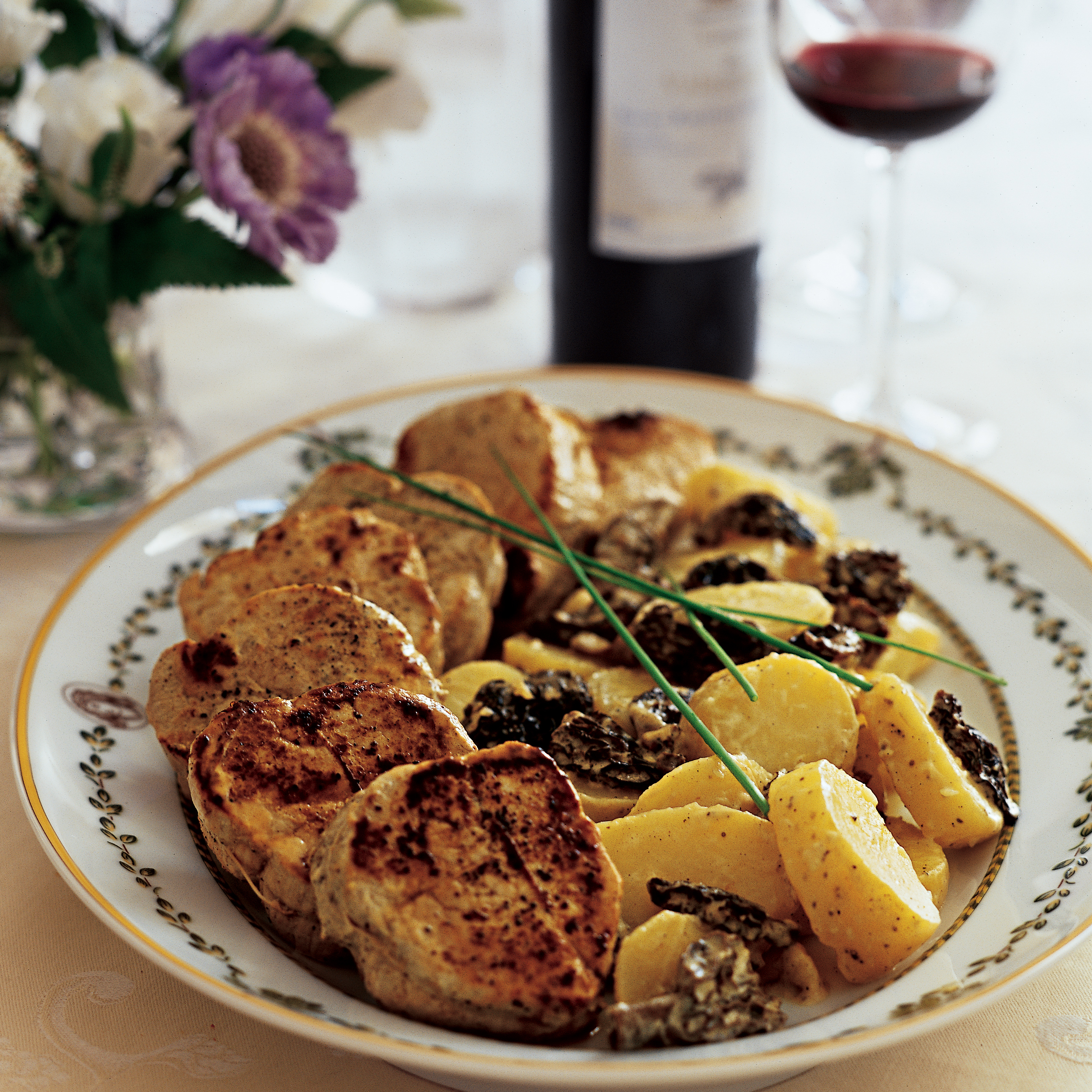 Pan-Seared Veal Medallions With French Morels Recipe