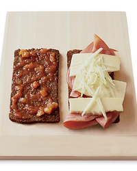 Grilled Cheddar and Ham with Apple and Chutney Sandwiches Recipe ...