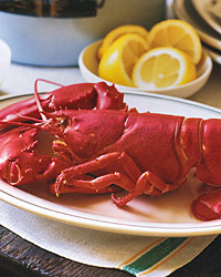 Boiled Lobster with Pepper Butter