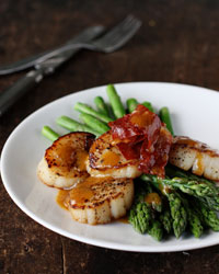 Asparagus with Scallops, Browned Butter and Prosciutto Recipe -Marcia ...