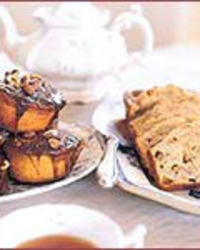 Sticky Buns with Toasted Almonds