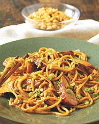 Spaghetti with Chicken and Thai Peanut Sauce