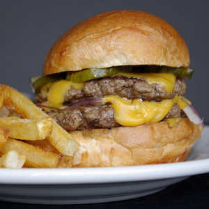 Holeman & Finch's Cheeseburger