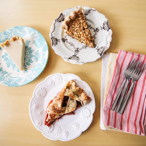 A writer test drives an awesome new cookbook about baking pies.