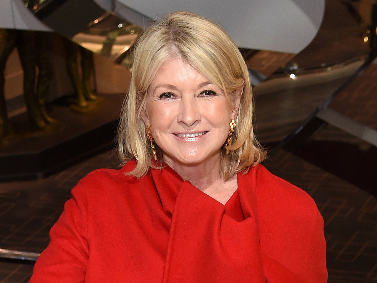 Martha Stewart Teaches Us to Grow Plant-Based Meatballs in a Subway Canada Commercial