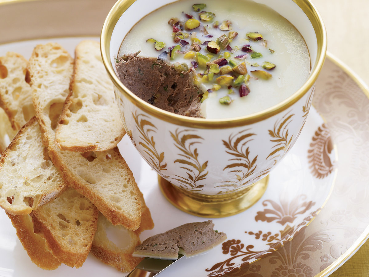 chicken liver p 226 t 233 with pistachios recipe marcia kiesel food wine