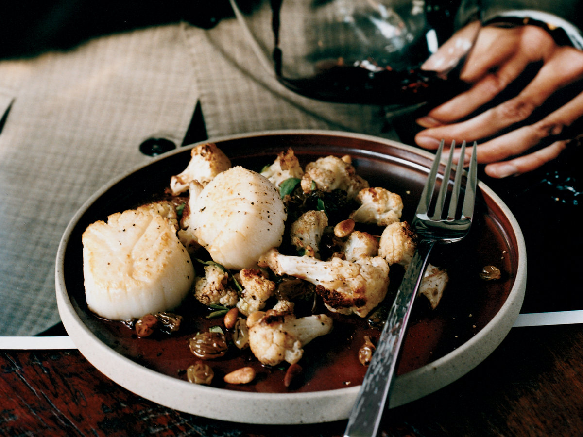 200804-r-scallops-cauliflower.jpg