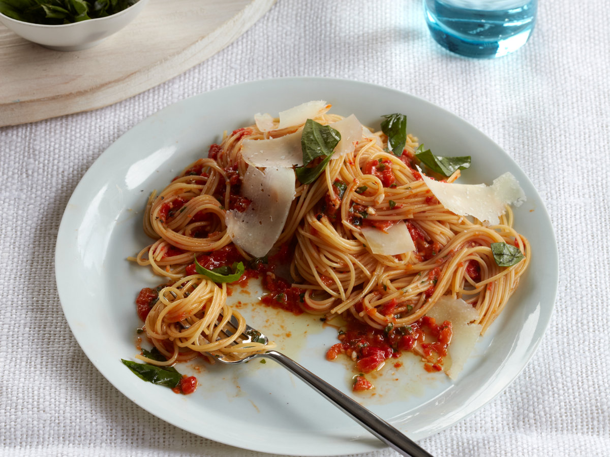 201012-r-angel-hair-pasta.jpg