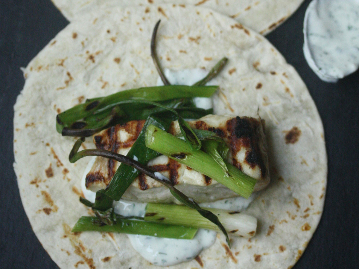 Grilled fish tacos with scallions and cilantro crema for Crema for fish tacos