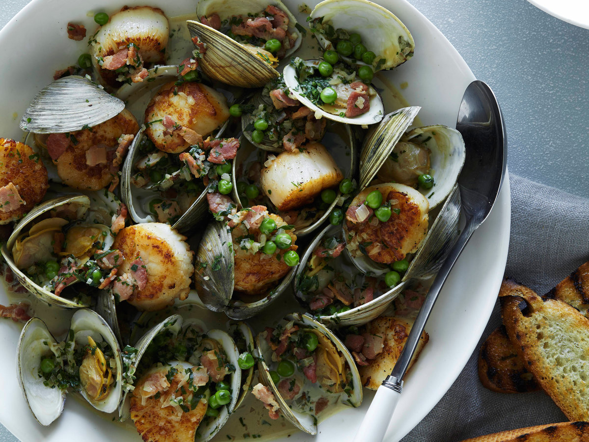 original-201305-r-smoky-shellfish-stew-with-herbs.jpg