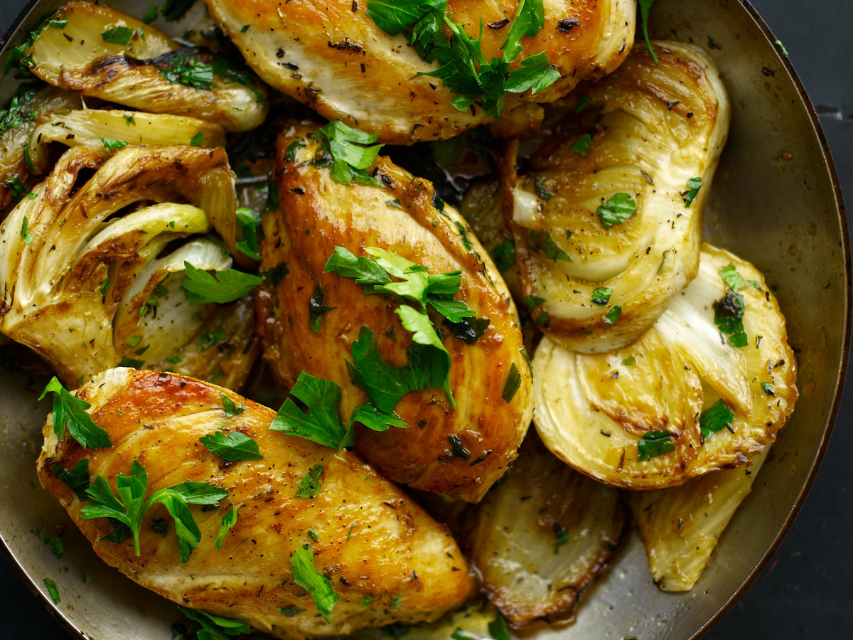 Saut 233 Ed Chicken Breasts With Fennel And Rosemary Recipe Quick From Scratch Chicken Food Amp Wine