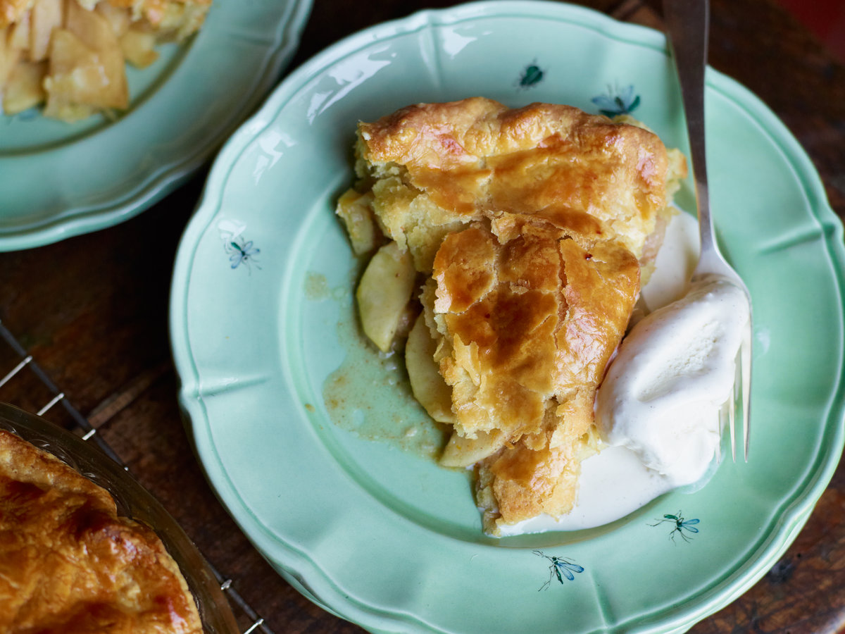 original-201211-r-lees-apple-pie.jpg