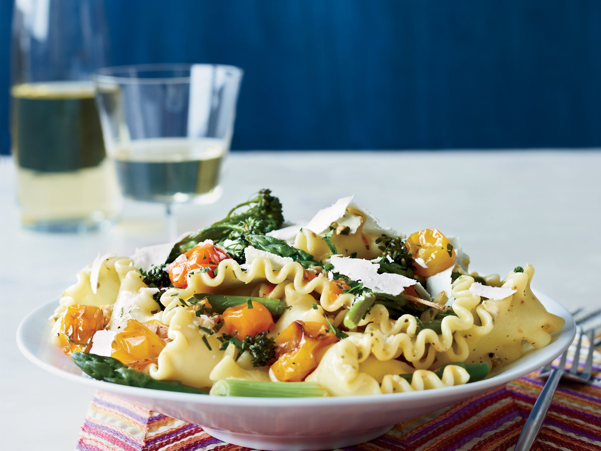 original-201304-r-spring-pasta-with-blistered-cherry-tomatoes.jpg
