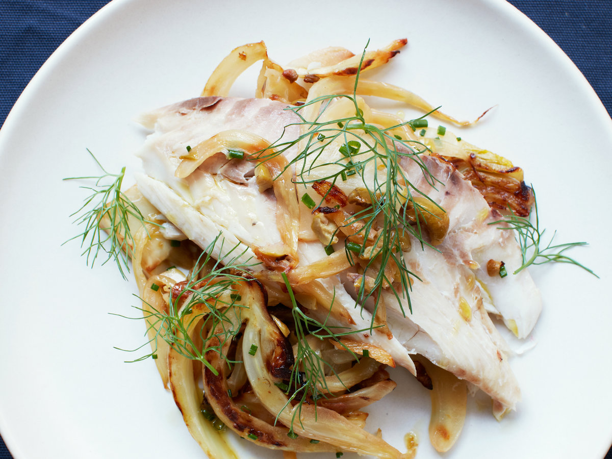 original-201307-r-salt-baked-whole-fish-with-fennel.jpg