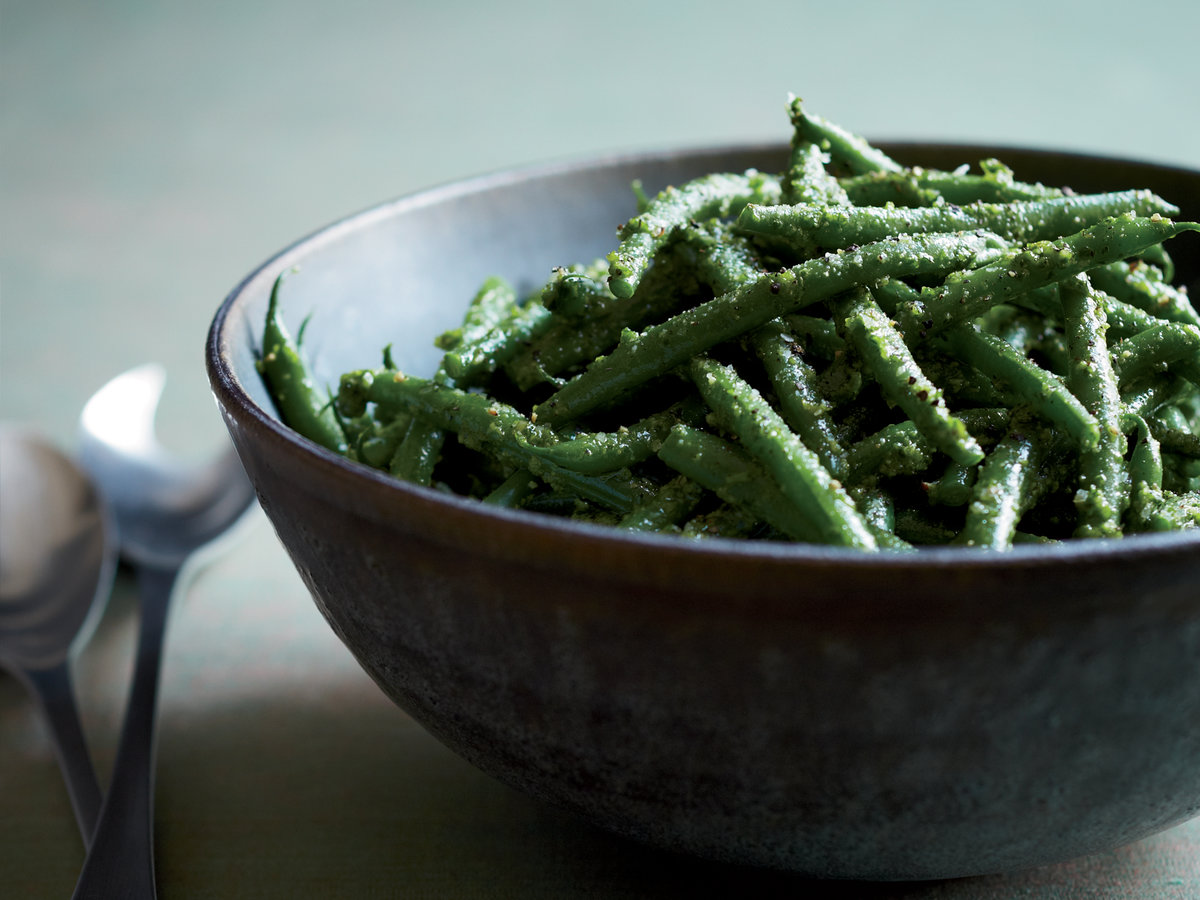 original-201311-r-green-beans-with-parsley-lemon-pesto.jpg
