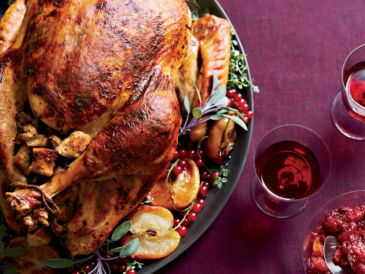 original-201311-r-roast-turkey-with-chestnut-apple-stuffing.jpg