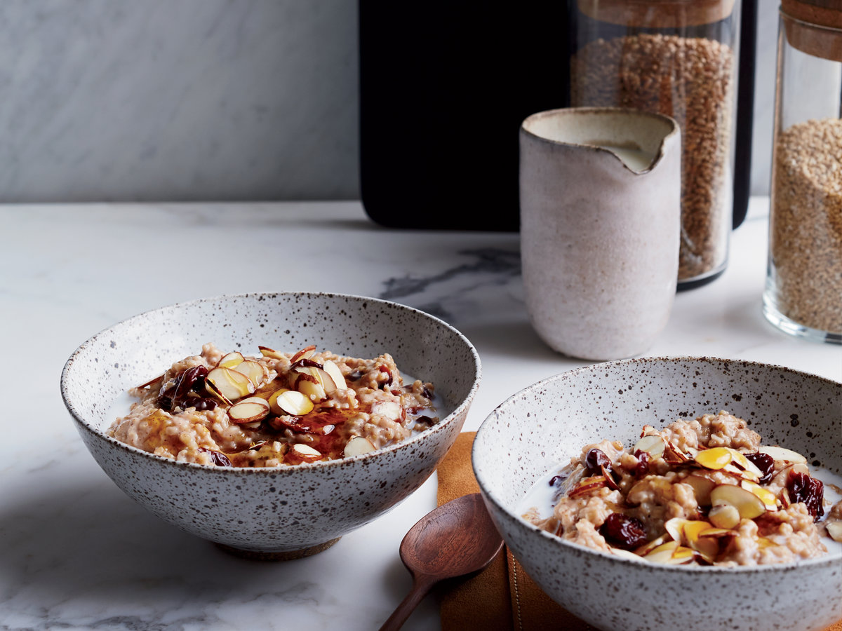 original-201502-r-creamy-steel-cut-oats-with-dried-cherries-and-almonds.jpg