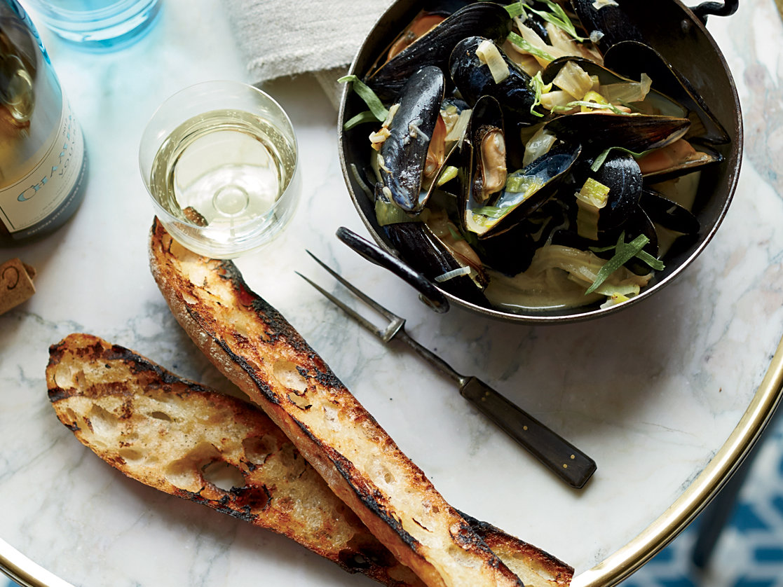 Mussels with Caramelized Fennel and Leeks Recipe - Shane ...