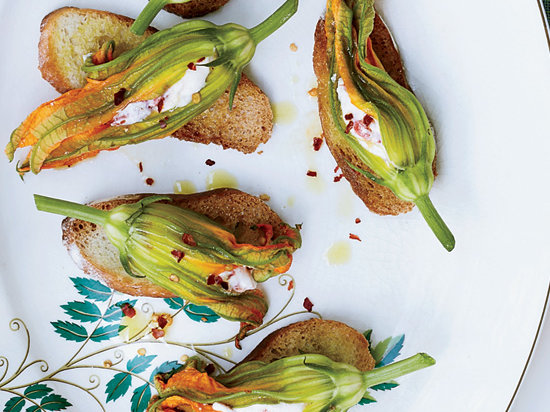 6 Ways to Cook with Zucchini Blossoms