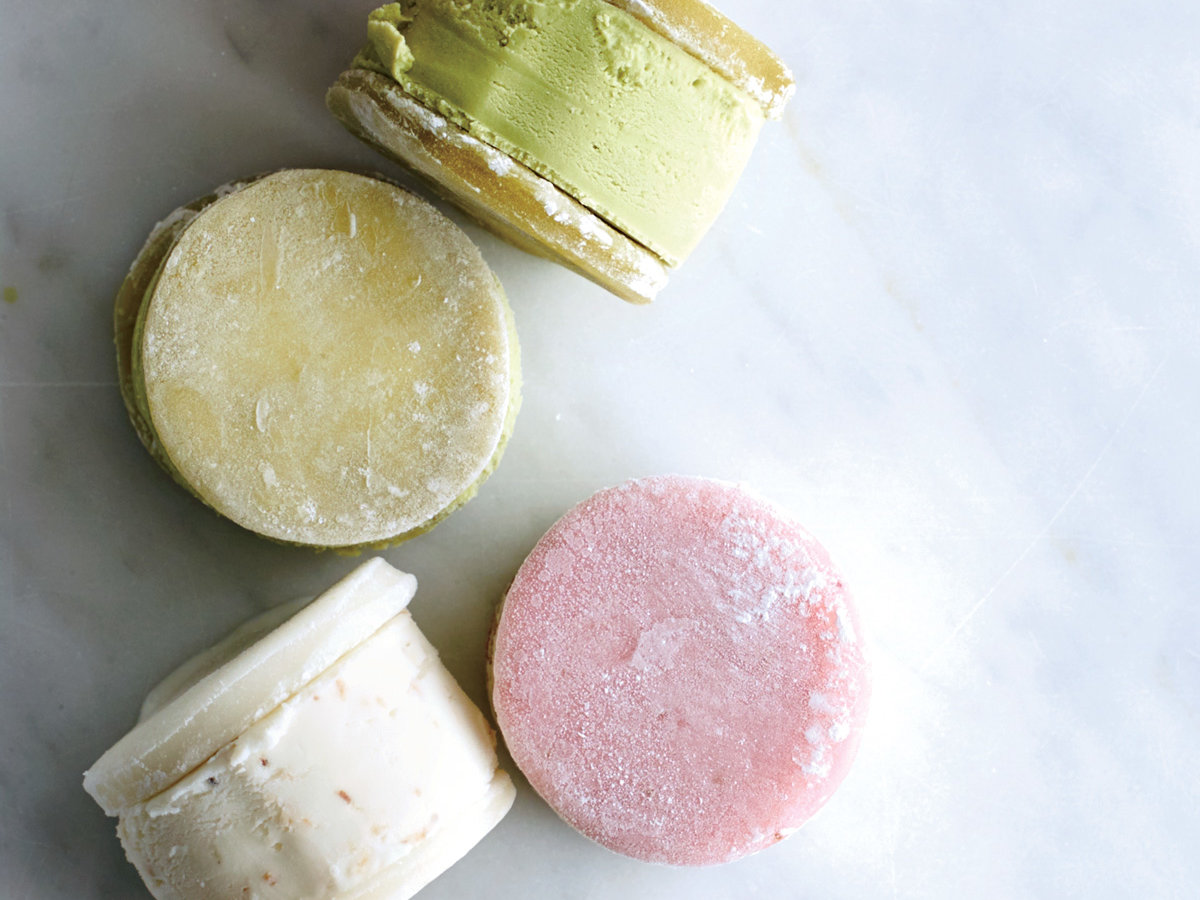 What Is Mochi? (And How Should You Cook With It?)