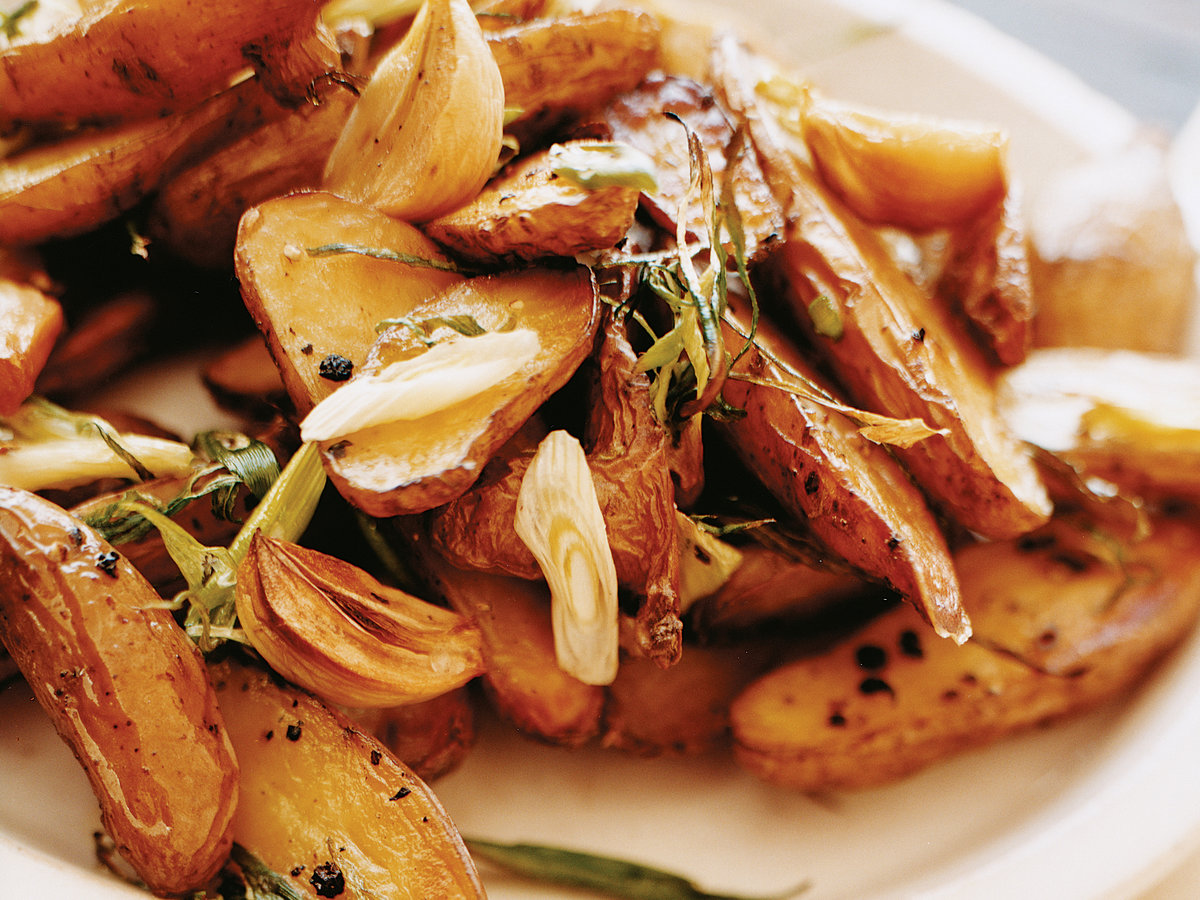 Crisp Herb-Roasted Fingerlings with Scallions