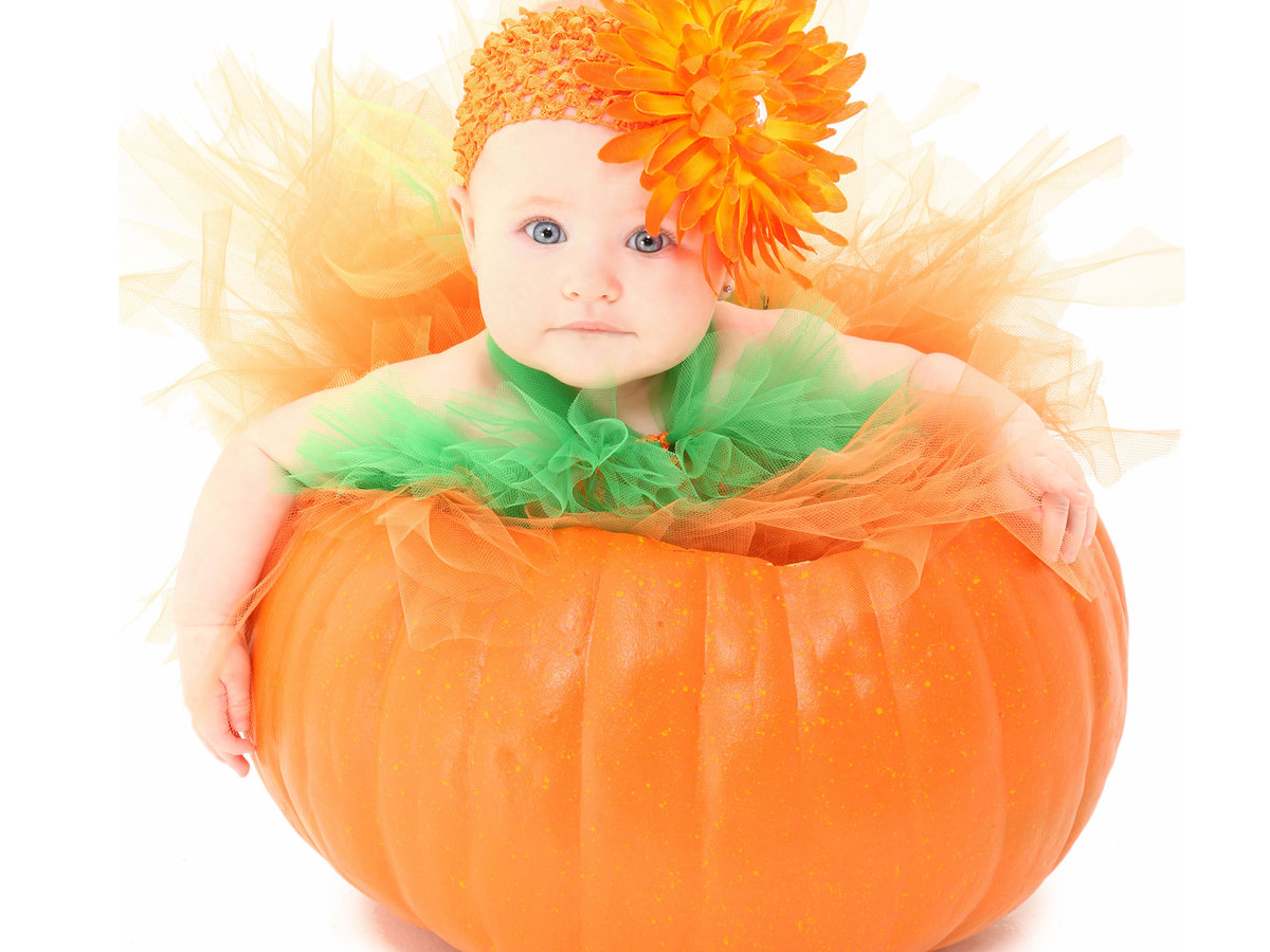 FWX ALTERNATIVE USES FOR PUMPKINS BABY_0