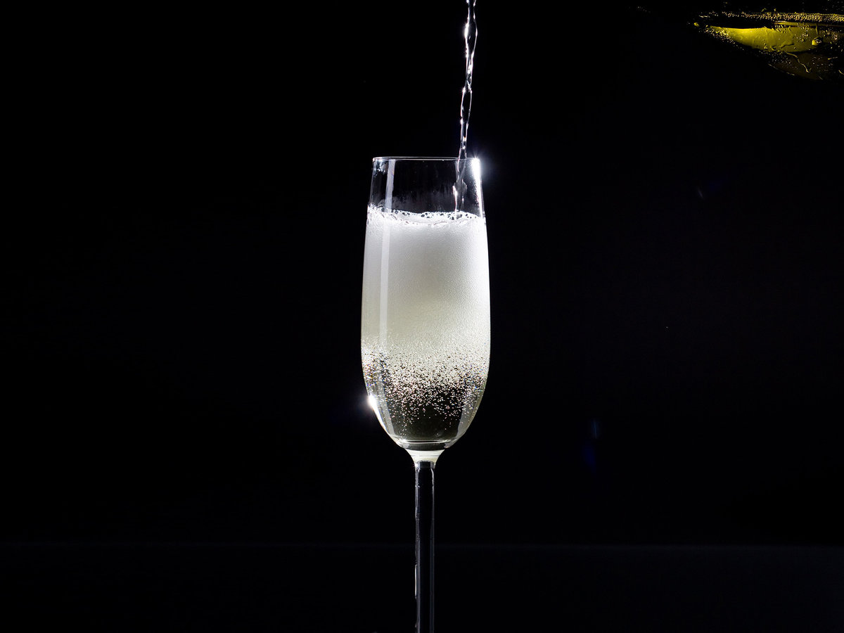 FWX DONT SERVE PROSECCO FROM A TAP